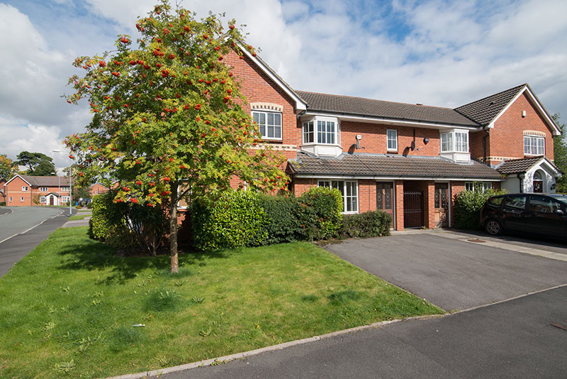 Sharston Apartment Manchester Quality Lets